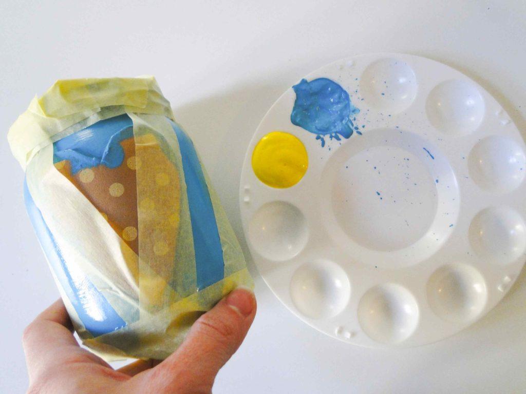 szkło do recyklingu w trakcie tworzenia