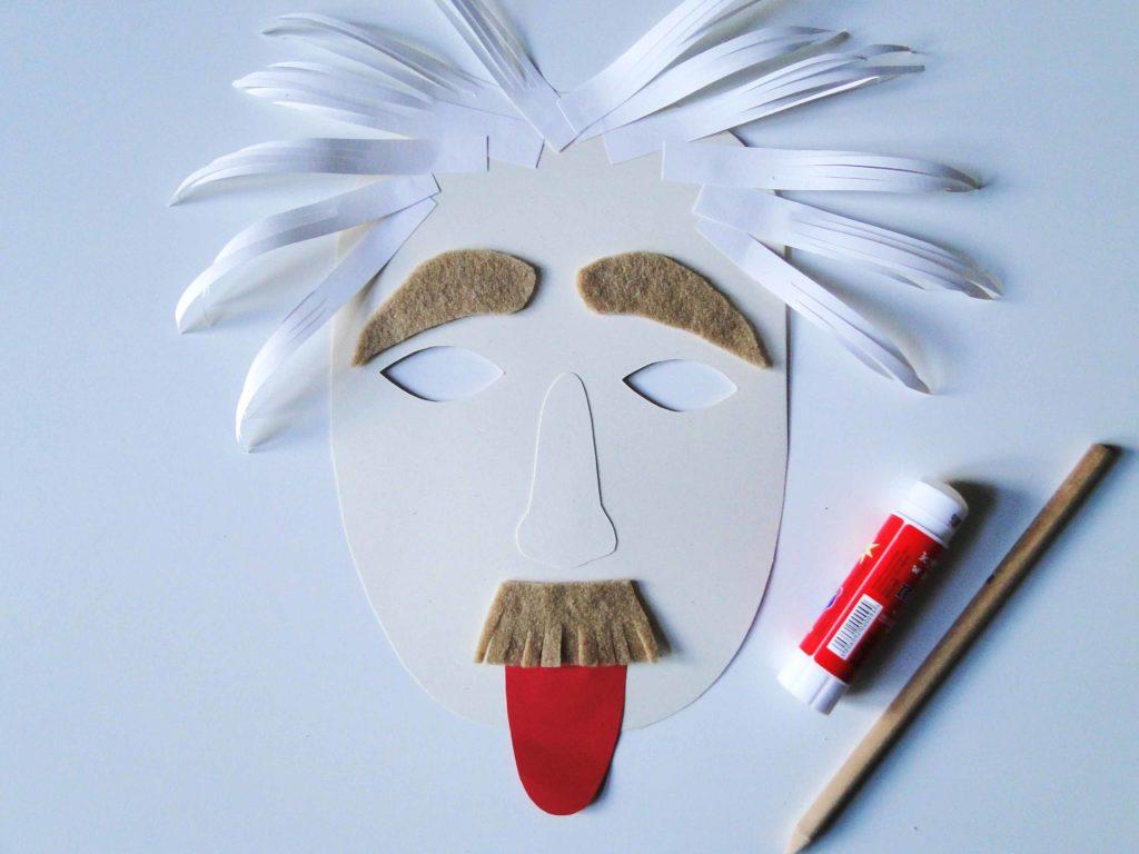 sklejona maska Einsteina