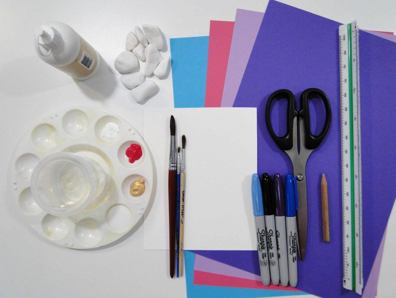 materiały, niezbędne do przygotowania pracy