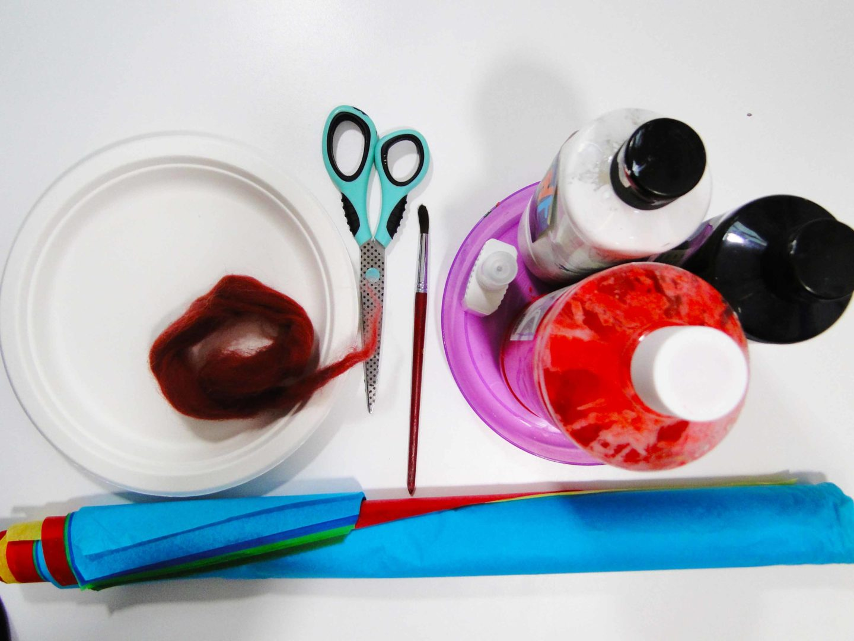 materiały, niezbędne do wykonania pracy plastycznej