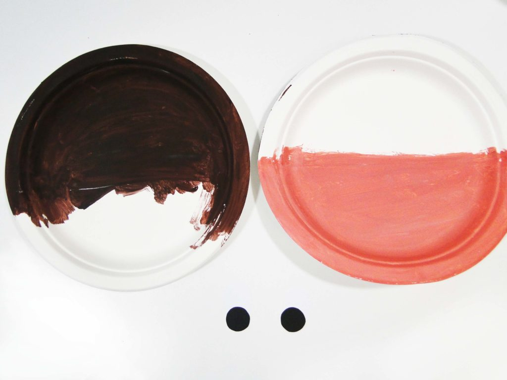 połówki talerzy pomalowane