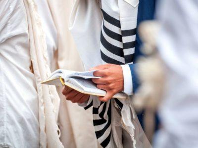 Elementy ubioru żydowskiego